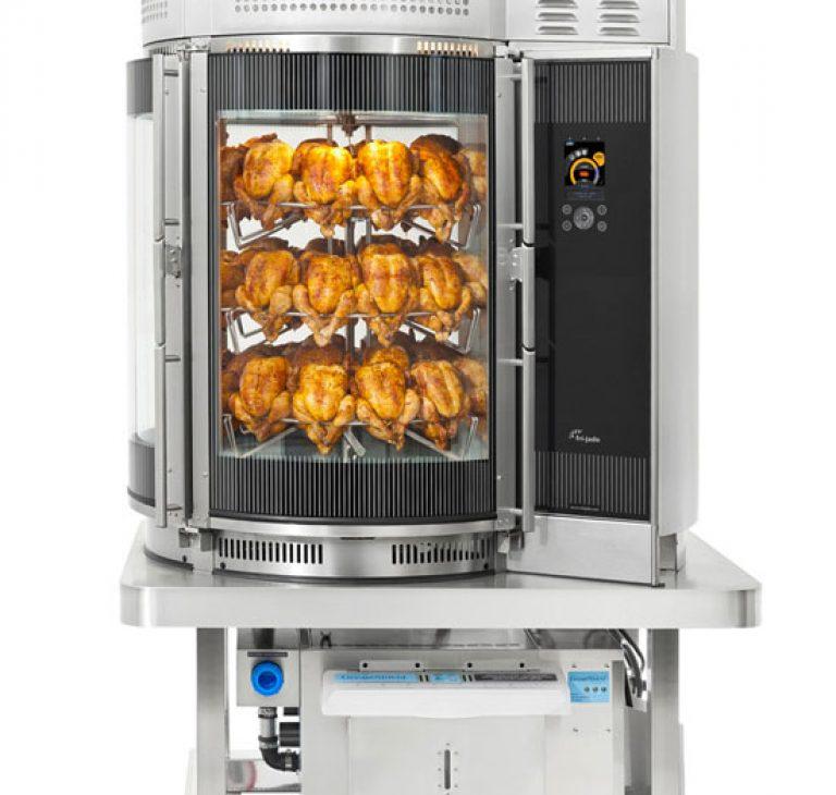 MULTISSERIE-Grill-befüllt-mit-Hähnchen